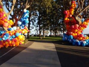 20180315 180100 300x225 - Hoe komt ballonopdracht op maat tot stand bij De Decoratieballon