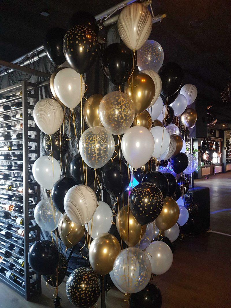helium ballontros in glimmend goud, zilver en marmer ballonnen