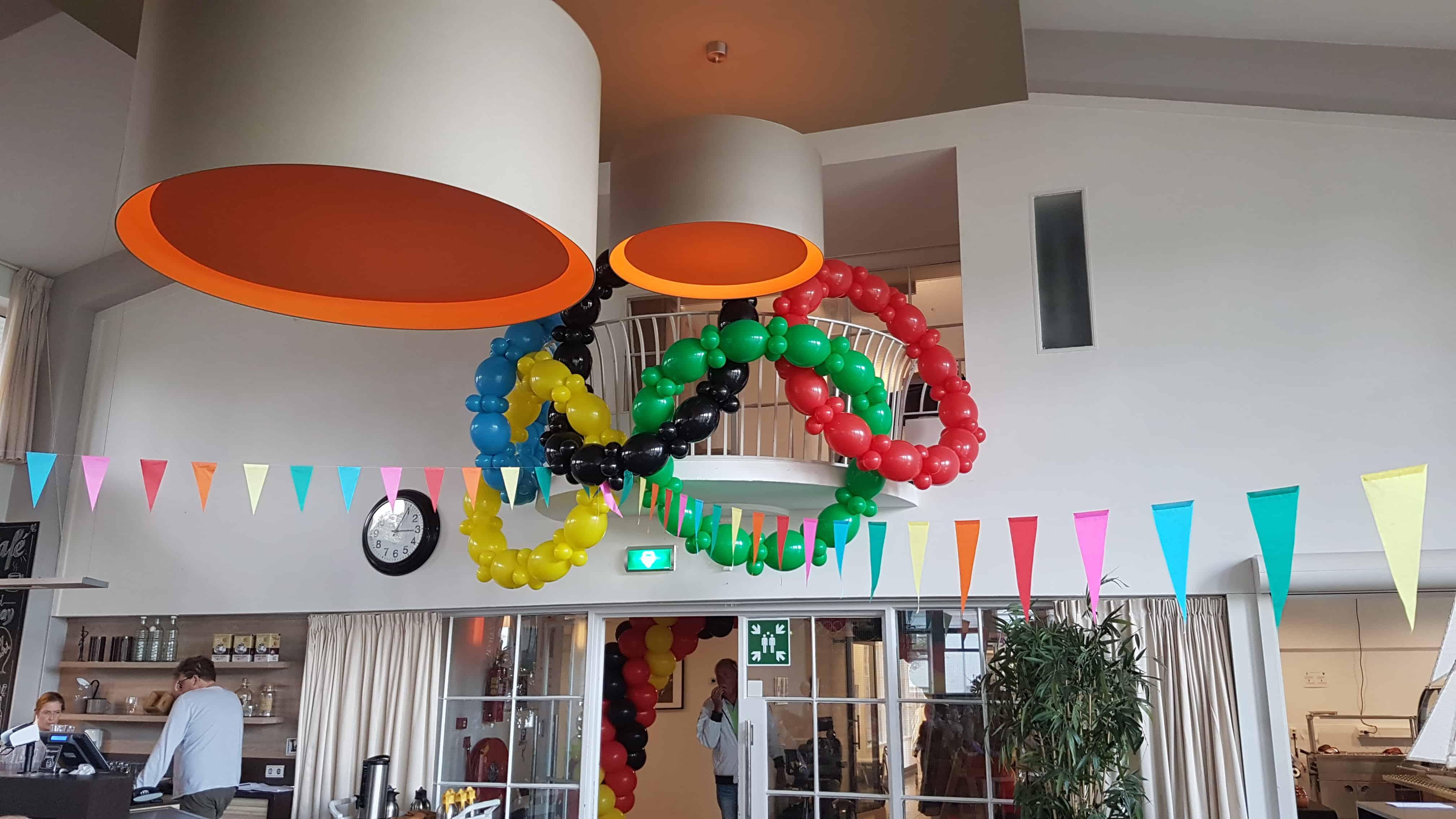 olympische-ringen-van-ballonnen-De-Decoratieballon-Alkmaar