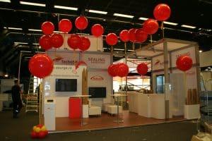 veldhoven beurs chirurgencongres de decoratieballon 300x200 - Opvallende ballonnen tijdens beurs