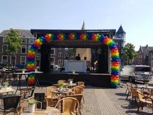 20180526 140359 300x225 - Alkmaar Pride met ballondecoraties De Decoratieballon